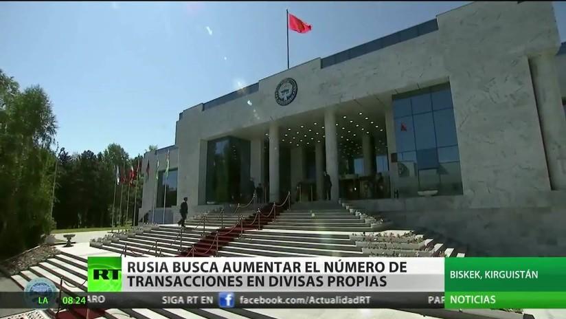 Rusia busca aumentar el número de transacciones en divisas propias