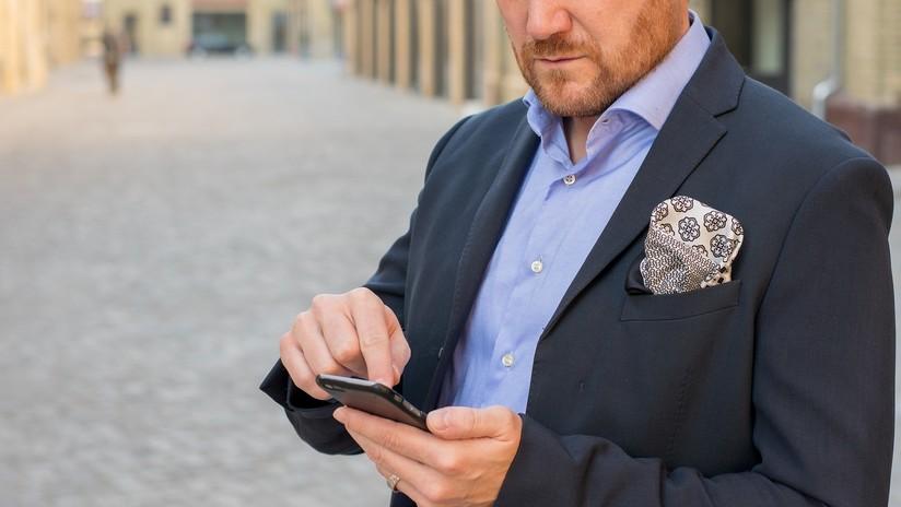 EE.UU.: Un hombre logra detener a un ladrón apuntándolo con su iPhone como si fuera un arma