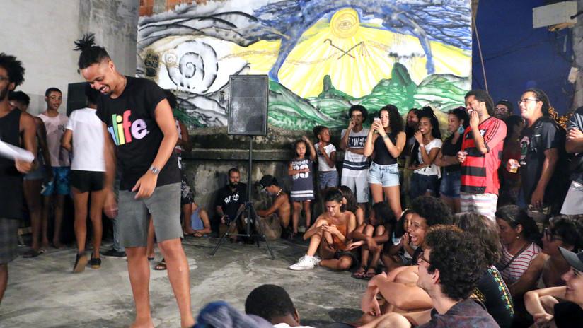 'Slam Poetry', versos de resistencia desde las favelas brasileñas