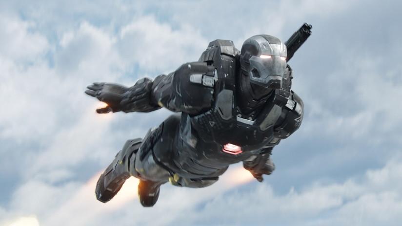 VIDEO: Presentan un traje antibalas al estilo Iron Man que permite volar 4,5 metros sobre el suelo