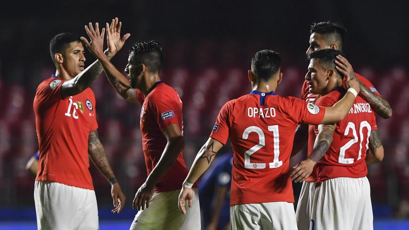 Chile golea a Japón en busca de su tercer trofeo de Copa América