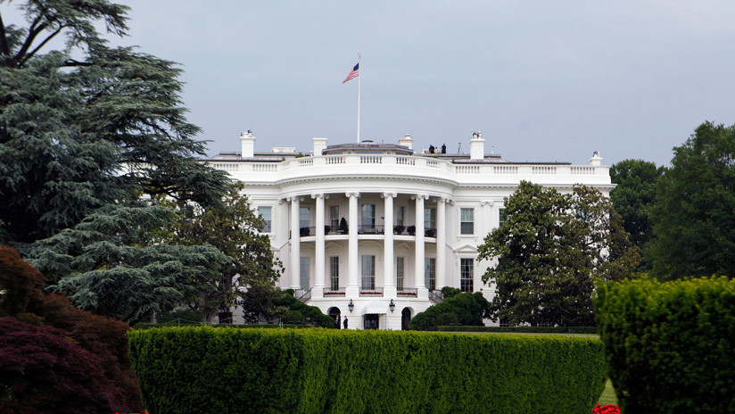La Casa Blanca cierra sus puertas por la existencia de un paquete sospechoso