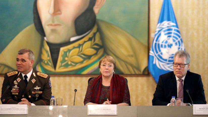 """Autoridades venezolanas muestran a Bachelet las """"heridas de guerra"""" en el país por las sanciones de EE.UU."""