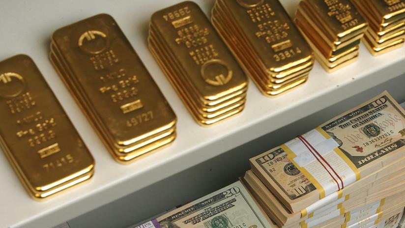 El precio del oro alcanza un máximo de 6 años mientras el dólar se debilita