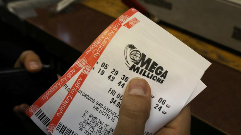 Gana en la lotería 38,8 millones de dólares y tiene que darle casi la mitad a su exesposa tras el divorcio