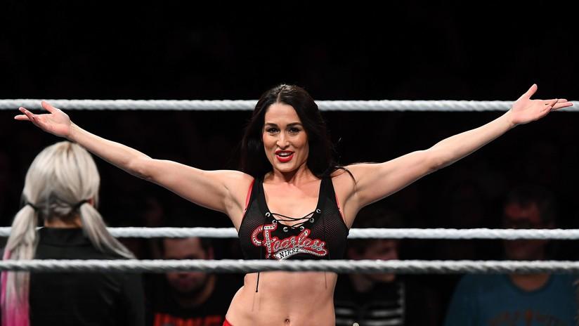 """""""Ya has acabado"""": La excampeona de la WWE Nikki Bella revela que un quiste en el cerebro la obligó a abandonar la lucha libre"""