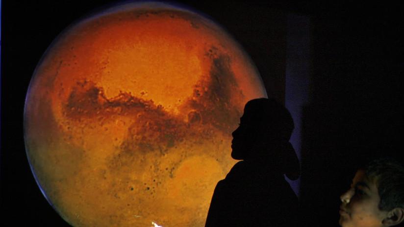 Revelan que la vida primitiva podría sobrevivir en la salmuera de la superficie de Marte