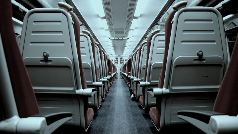 Air Canada investiga el caso de una pasajera dormida que fue olvidada en el avión tras el aterrizaje