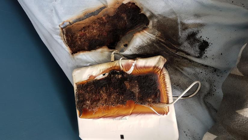 Una tableta Samsung se quema durante una recarga y deja un agujero en la cama de un niño que dormía