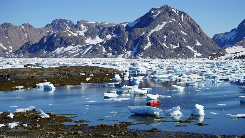 Hallan más de 50 lagos desconocidos bajo la capa de hielo de Groenlandia