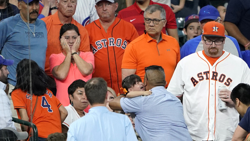 Niña de 2 años sufre una fractura de cráneo por un pelotazo durante un partido de béisbol en EE.UU.