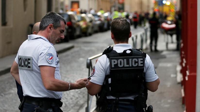 Al menos dos heridos por un tiroteo ante una mezquita en Francia