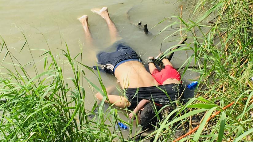 Polémica en México por la autoría de la foto del migrante salvadoreño y su hija muertos al intentar llegar a EE.UU.