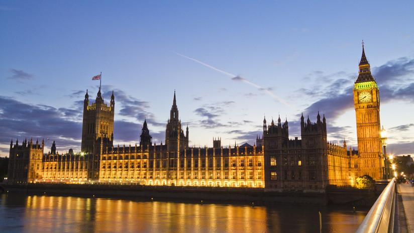 Una investigación encubierta encuentra supuestamente restos de cocaína en baños del Parlamento británico