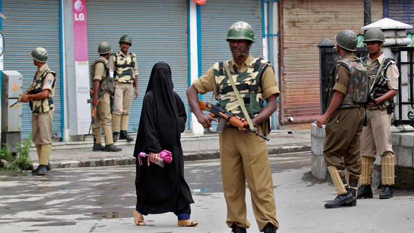 India: Castigan públicamente a dos mujeres que se resistieron a ser violadas