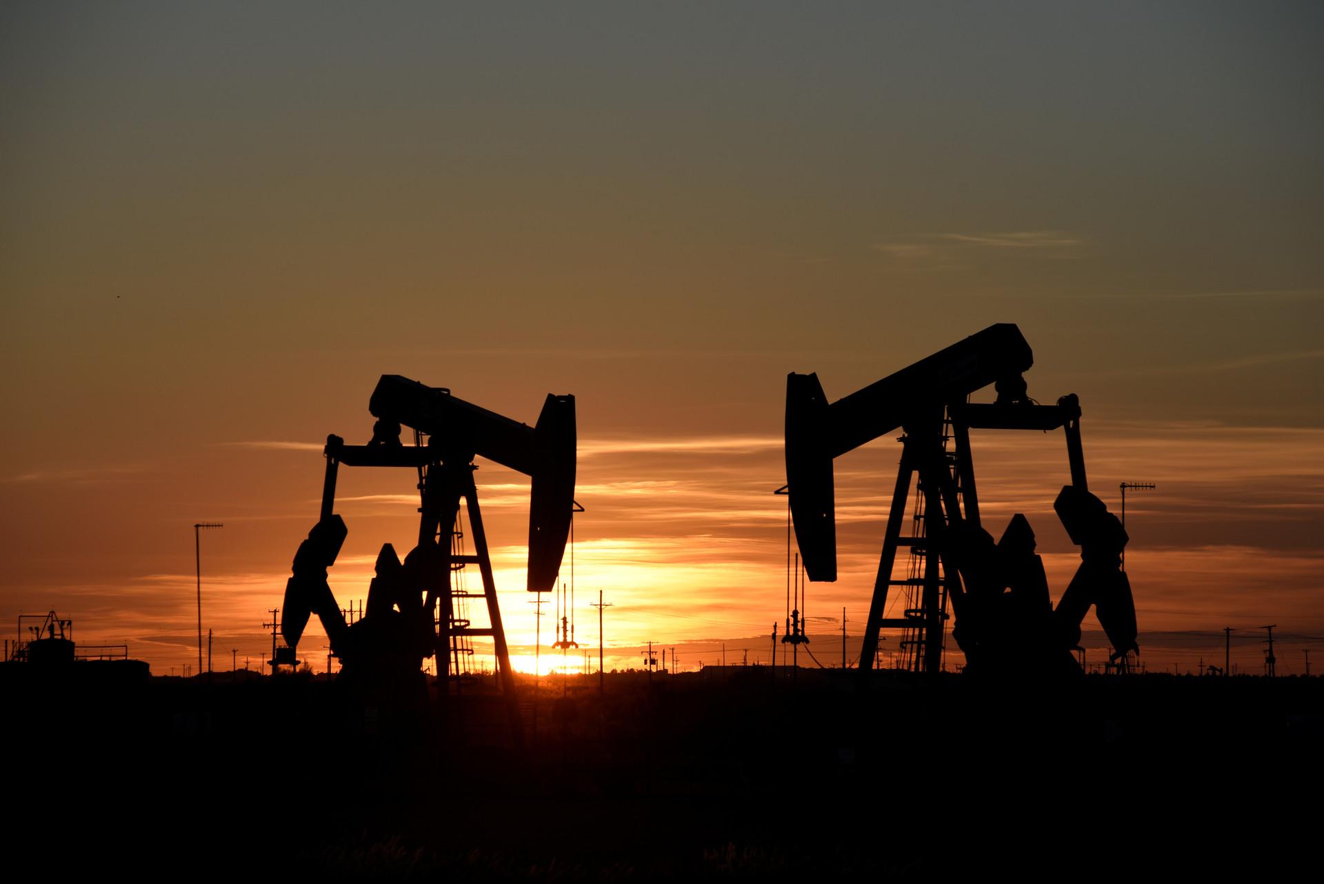 Ataque a dos petroleros en el Golfo de Omán, debieron ser evacuados