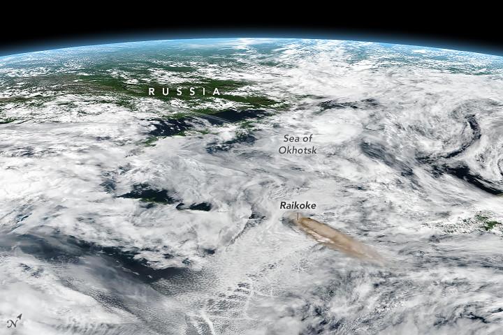 La asombrosa foto de una erupción captada desde la Estación Espacial Internacional