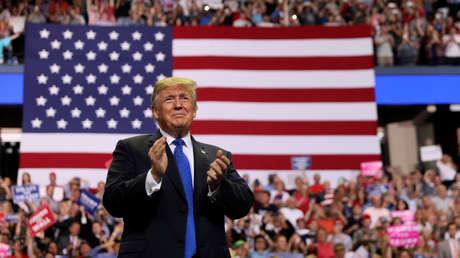 El presidente de EE.UU., Donald Trump, durante un mitin ante sus partidarios en Southaven, Misisipi (EE.UU.), 2018.