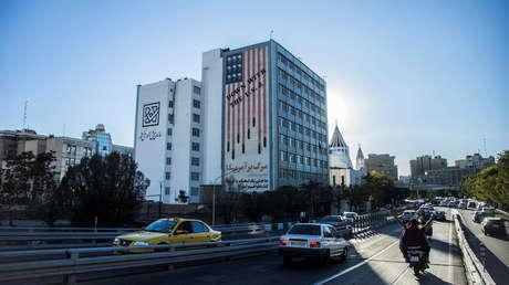 Un mural antiestadounidense en Teherán, Irán.