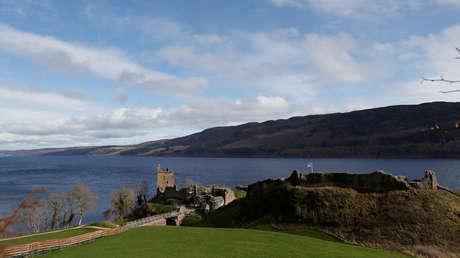 El lago Loch Ness, Escocia, Reino Unido.