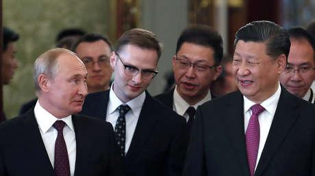 El presidente ruso, Vladímir Putin, y el mandatario chino, Xi Jinping, en el Kremlin, el 5 de junio de 2019.