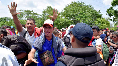 Roces entre inmigrantes centroamericanos y policías mexicanos en Chiapas, el 5 de junio de 2019.