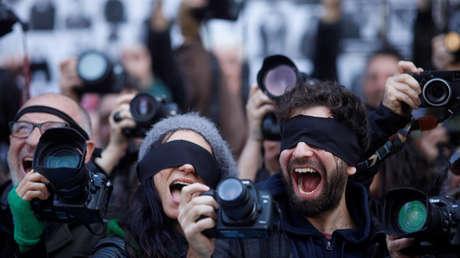 "Periodismo en emergencia"": Cómo la crisis en Argentina afecta la libertad  de prensa - RT"
