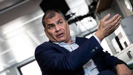 Rafael Correa durante una entrevista con medio internacional en Bruselas, 11 de abril de 2019.