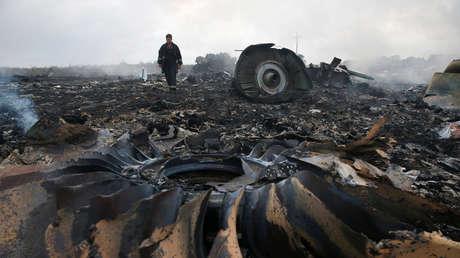 Restos del Boeing 777 de Malaysia Airlines, el 17 de julio de 2014, Ucrania