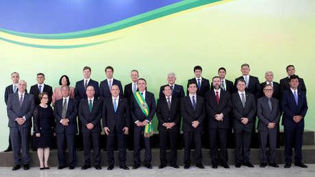 El presidente de Brasil, Jair Bolsonaro, y su gabinete en la toma de posesión, Brasilia, 1 de enero de 2019.