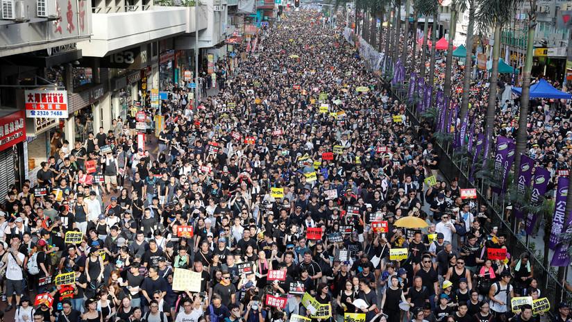 Pekín insta a procesar a los participantes del asalto al Parlamento de Hong Kong