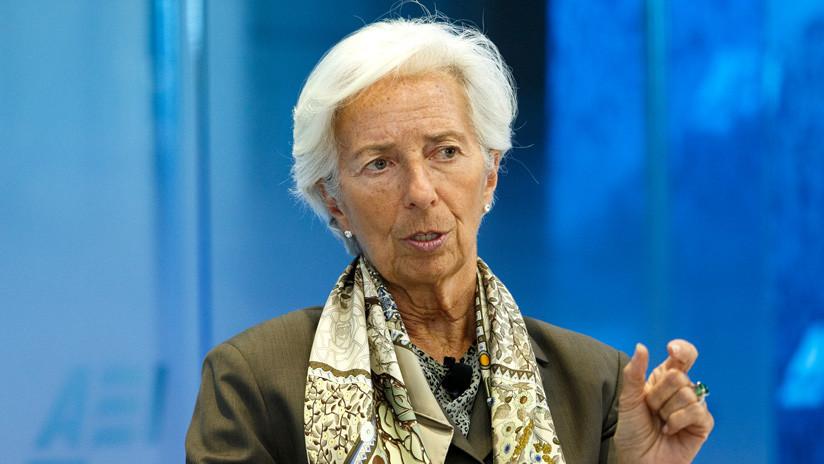 """Christine Lagarde renuncia """"temporalmente"""" a su cargo como directora gerente del FMI"""