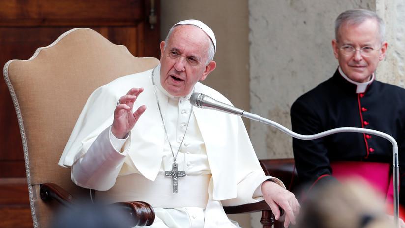 El papa Francisco critica a los países que generan conflictos bélicos y después rechazan recibir a los refugiados
