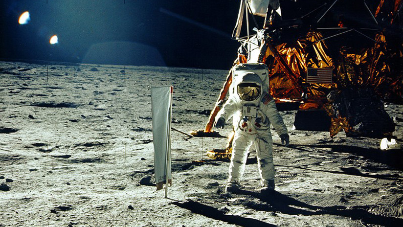 """Becario de la NASA compró como baratija """"tres videos originales del alunizaje del Apolo 11"""" que ahora se subastarán por 700.000 dólares"""