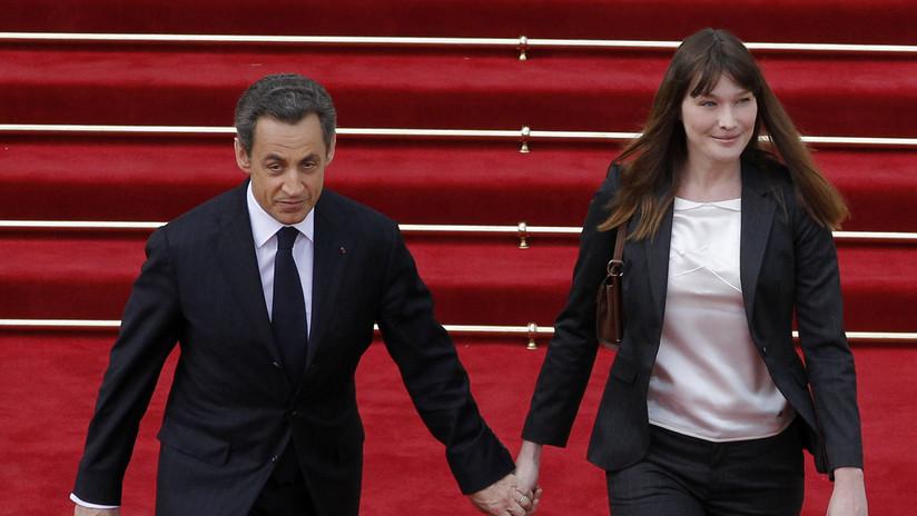 """""""Ha dado el estirón"""": Una revista muestra a Nicolas Sarkozy más 'alto' que Carla Bruni y la Red estalla en memes"""