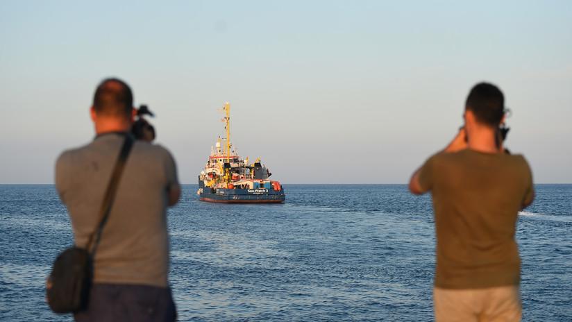 Italia prohibe la entrada de un barco de refugiados con cuatro mujeres embarazadas a bordo