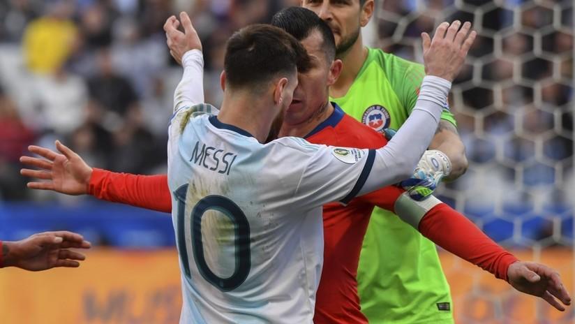 VIDEO: ¿Es esta la razón por la que Messi recibió la tarjeta roja y fue expulsado del partido ante Chile?