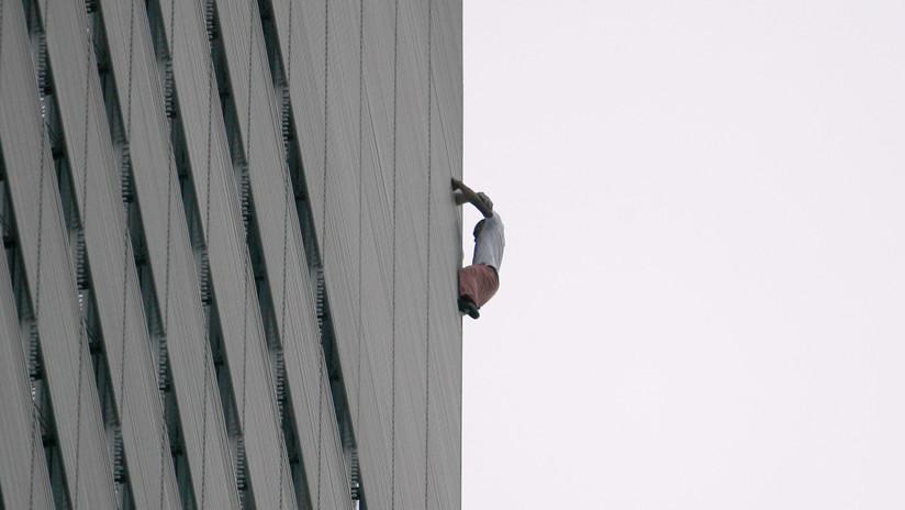 Escaló sin arnés el edificio más alto de Europa occidental