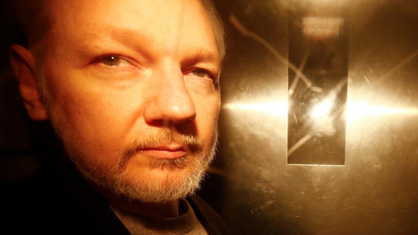 Una compañía de seguridad española espió todas las reuniones de Assange en la Embajada ecuatoriana
