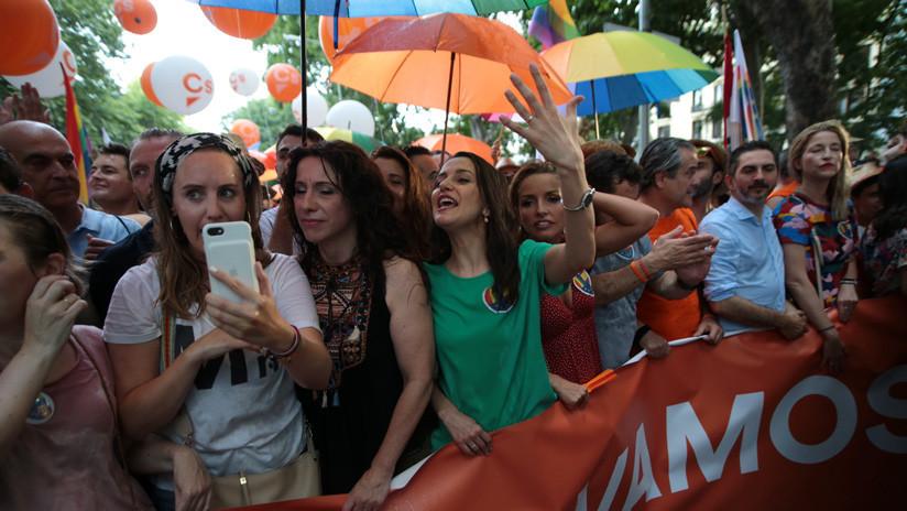 Cómo el Orgullo Gay se convirtió en un motivo más de discordia en el crispado panorama político español