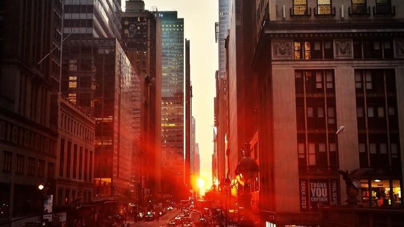 El centro de Nueva York sufre un apagón tras un incendio en un transformador eléctrico (VIDEO, FOTOS)