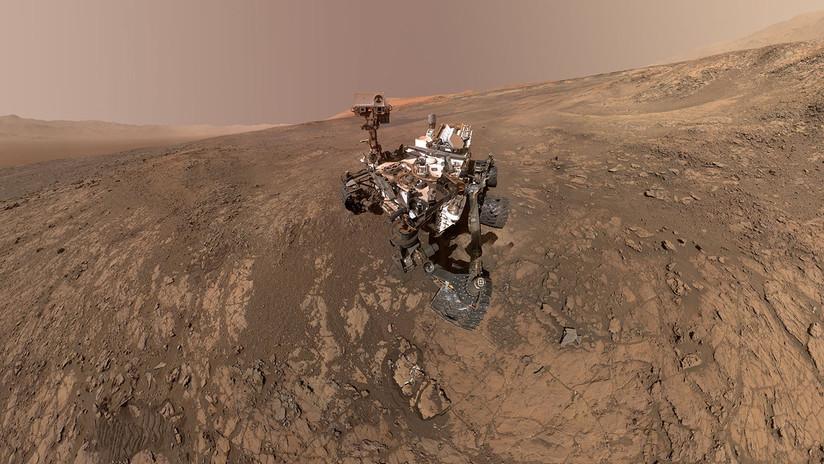 FOTO: La NASA publica una instantánea del Curiosity en acción tomada desde la órbita de Marte