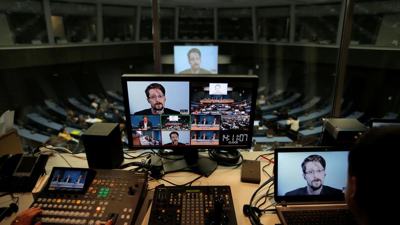 """Snowden advierte que los gigantes tecnológicos someten a poblaciones enteras a la """"servidumbre"""""""