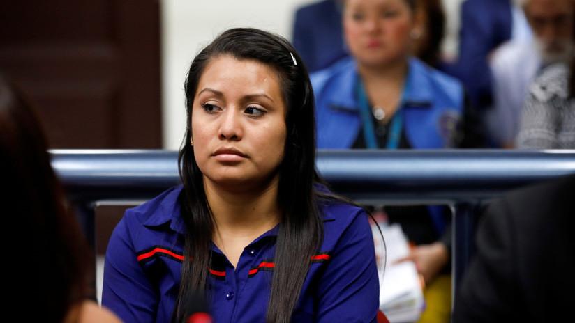 Retoman el juicio de la joven violada en El Salvador que fue condenada por sufrir un aborto