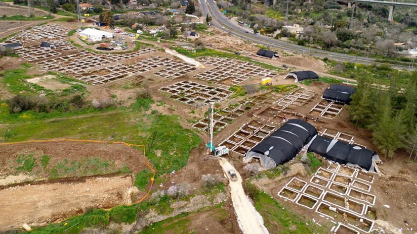 """Descubren en Israel un enorme asentamiento de hace 9.000 años que puede """"cambiar el juego"""" en la arqueología de la región"""