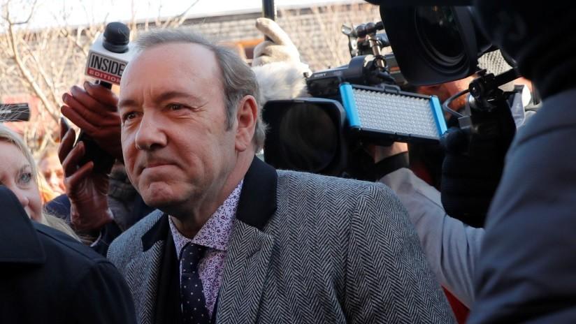 La Fiscalía de EE.UU. retira cargos de agresión sexual contra el actor Kevin Spacey