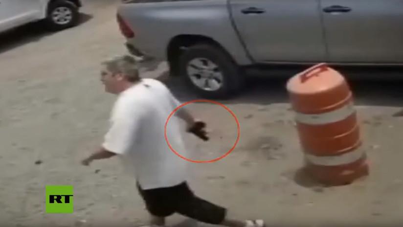 VIDEO: Exdiputado mexicano secuestra y tortura a punta de pistola a dos empleados de una constructora para vengarse por un terreno que le expropiarion