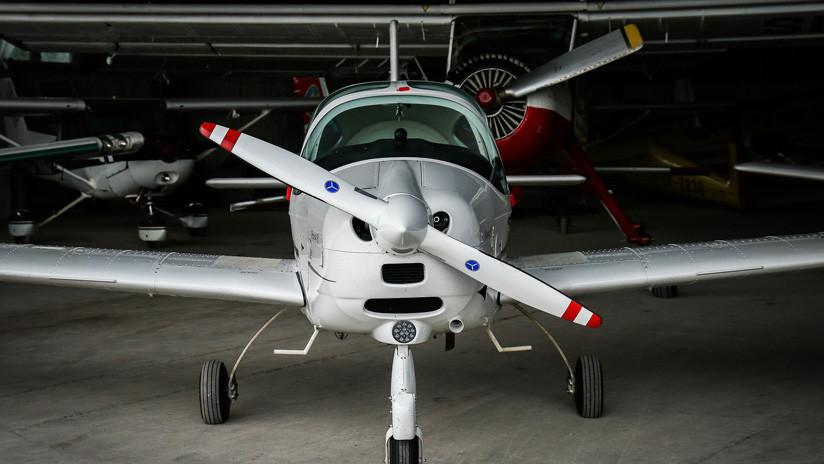 VIDEO: Un niño de 13 años 'roba' dos avionetas tras aprender a manejarlas mirando el trabajo de los técnicos