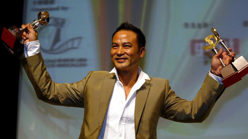 VIDEO: Hombre sube al escenario y le propina varias puñaladas a un famoso actor chino en pleno evento promocional