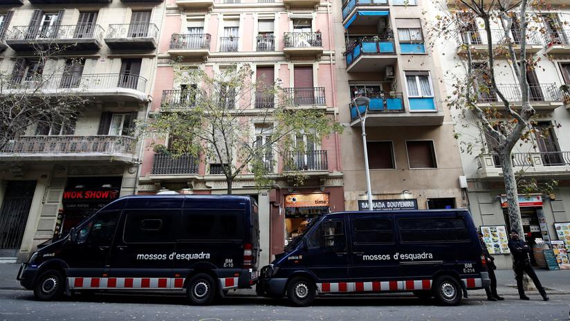 Dejan en libertad a dos detenidos por la violación múltiple de una mujer en Barcelona